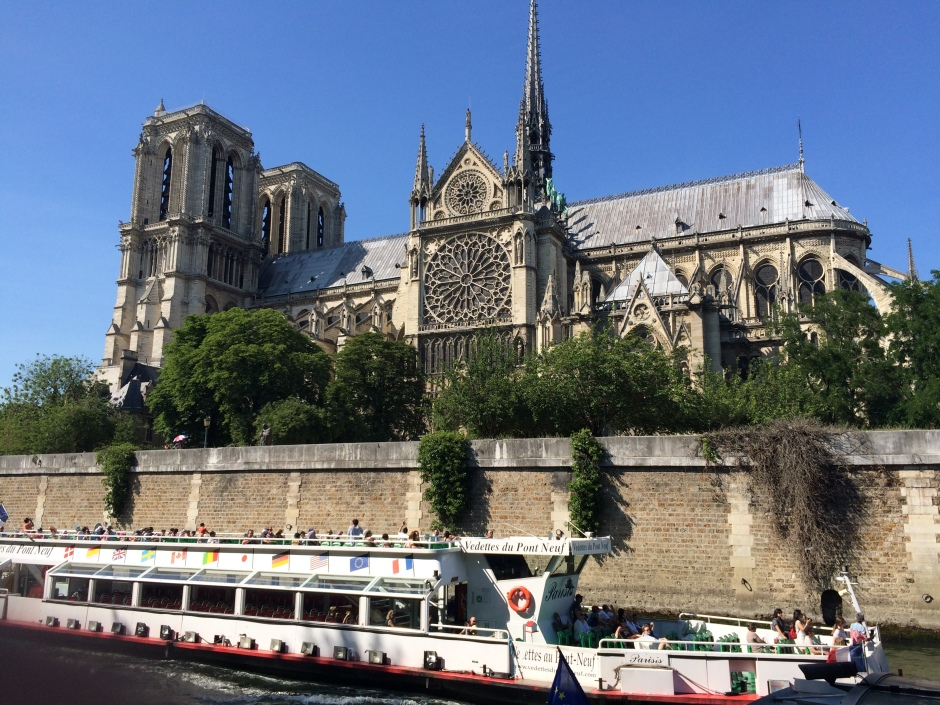 パリのノートル・ダム大聖堂