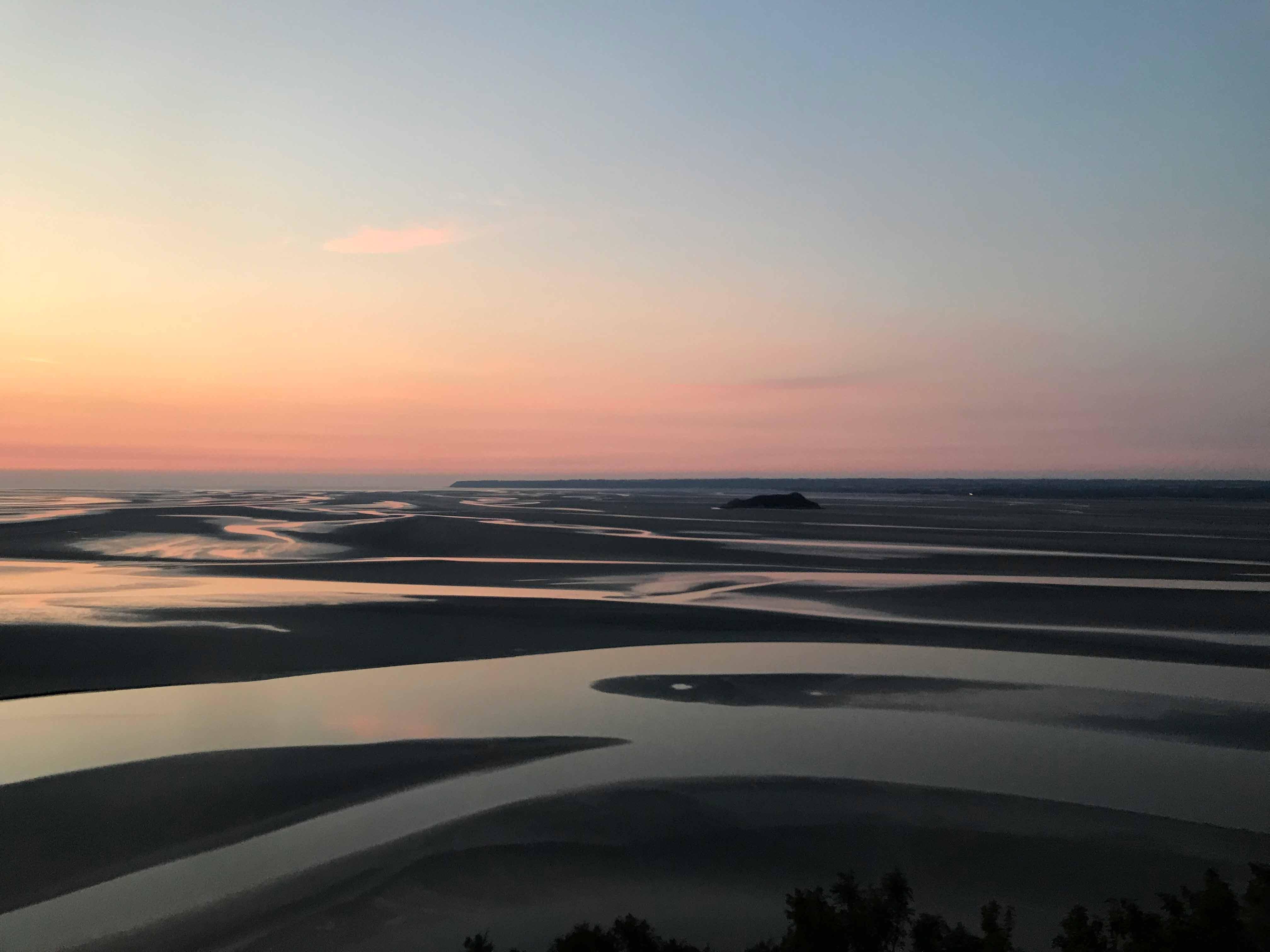 西のテラスから見たモン・サン・ミッシェル湾